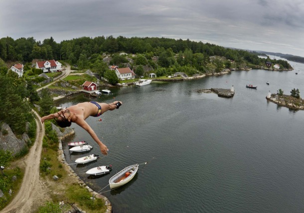 18 Red Bull Cliff Diving event in Ireland